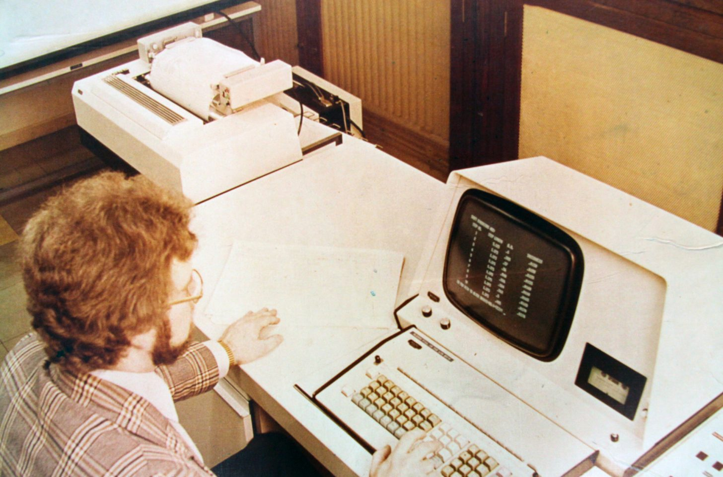 Promotional photograph from Accles, mid 70s. The original caption read: 'Golf Shaft design by computer! At the TI Steel Tube Division's Development Engineering Department, this computer rapidly analyses the effects of different parameters on the design of new types of Apollo golf shaft.'